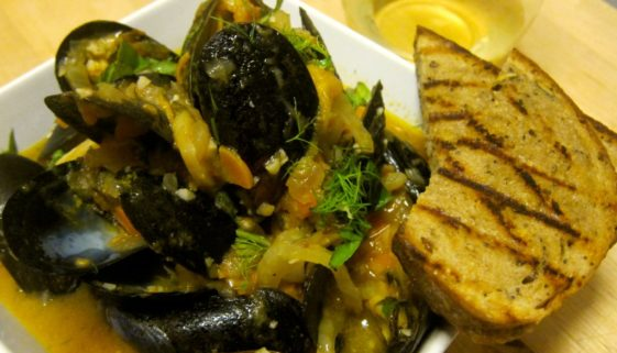 Steamed Mussels with Heirloom Tomatoes and Fennel